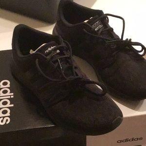 Adidas woman black size 8